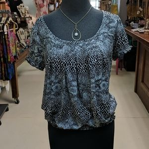 Snakeskin print top from Byer, size XL, EXCELLENT